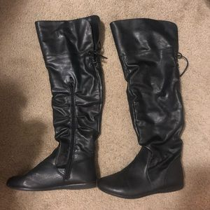 Aldo leather boot size 8